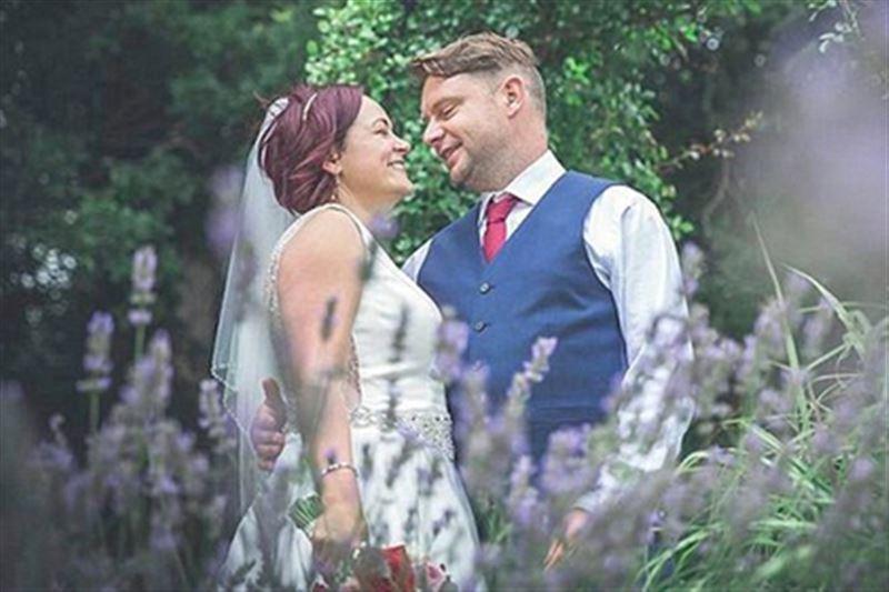 Свадьба в Великобритании омрачилась смертью жениха