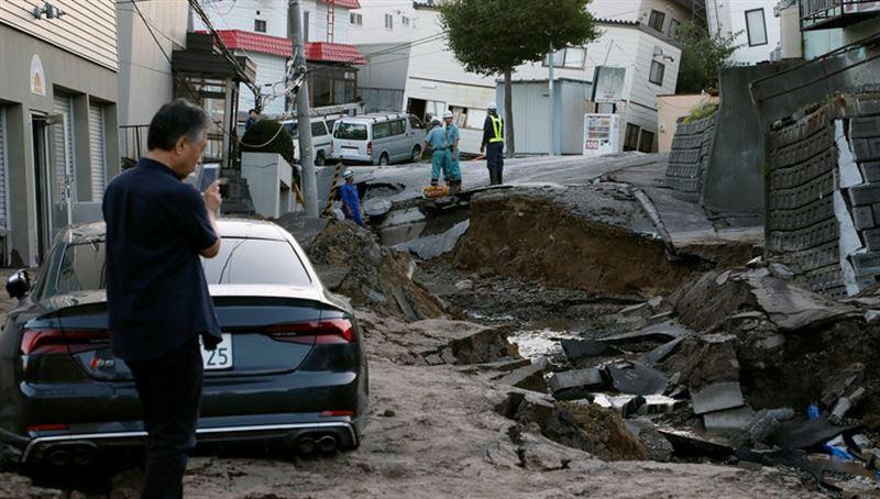 Число жертв землетрясения в Японии выросло до 16