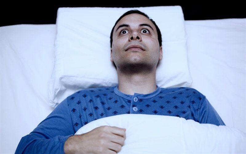 Медики: недосып бьет по печени хуже алкоголя