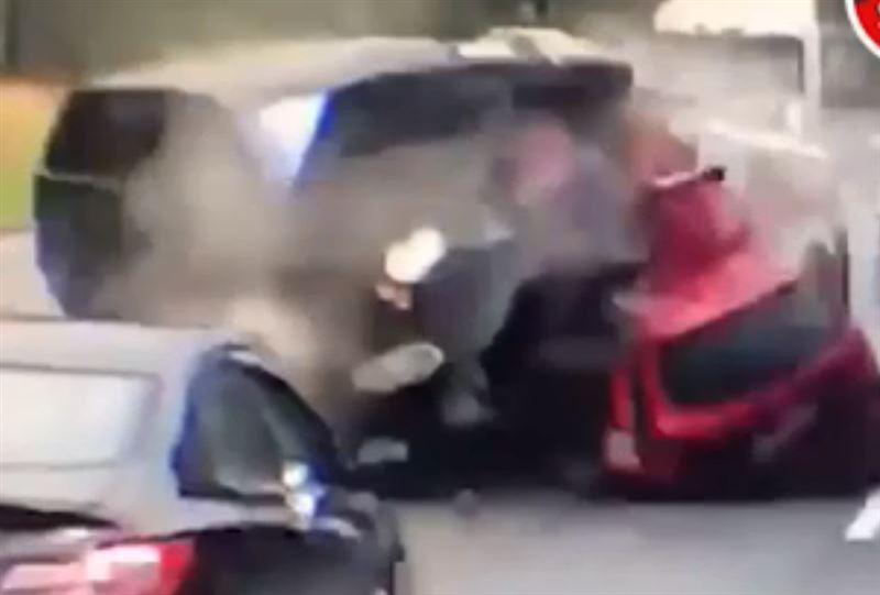 Жуткая авария с участием пяти машин произошла в Подмосковье
