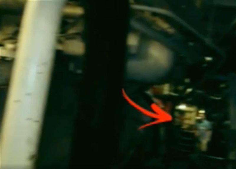 Мужчина запечатлел на видео призрак пассажира корабля