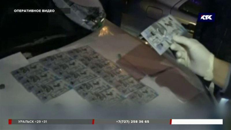 Начальник УБОП ДВД на транспорте хотел сбежать от полиции с 50 тысячами долларов