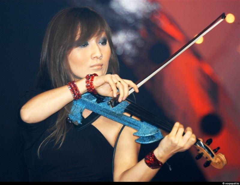 Скрипкашы Лананың күйеуі көршісін ұрып тастады