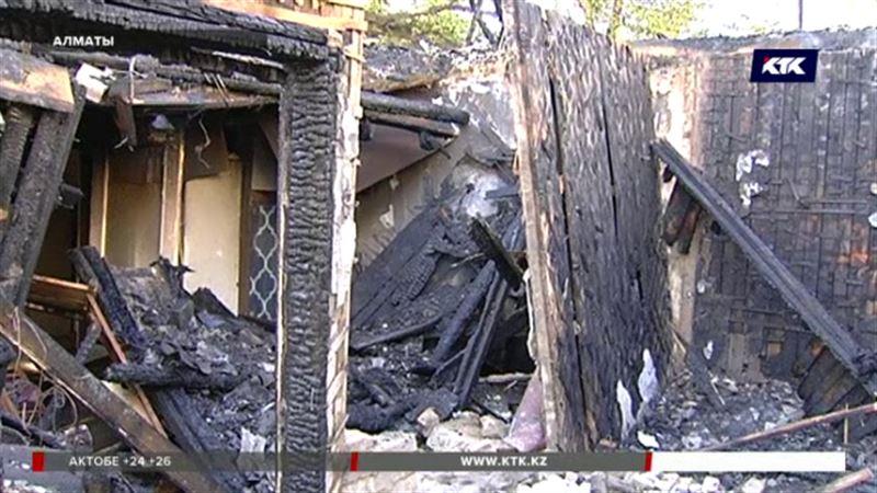 Пять семей алматинцев лишились крыши над головой
