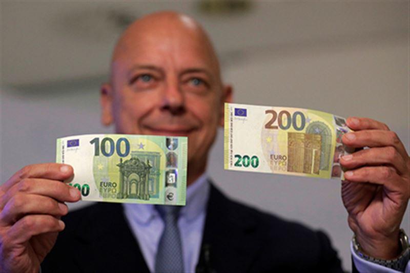 Европейский Центральный банк представил новый дизайн евро