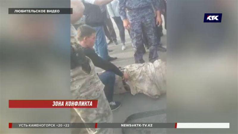 «Множество травм, ссадин и сломана челюсть» - на территории «Хоргоса» жестоко избили пограничника