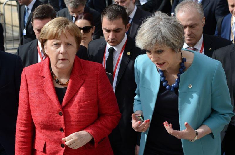 Ангела Меркель не пожала руку главе британского правительства
