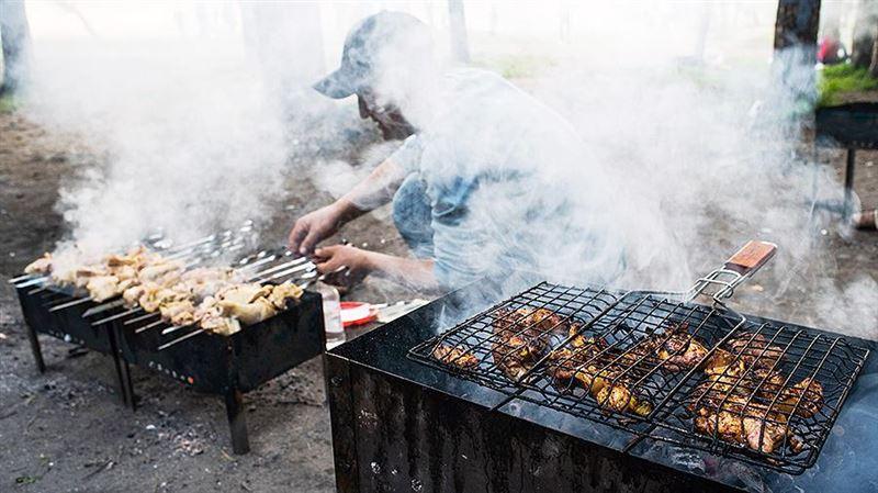 Ученые предупреждают: шашлык и барбекю вредят организму не меньше сигарет