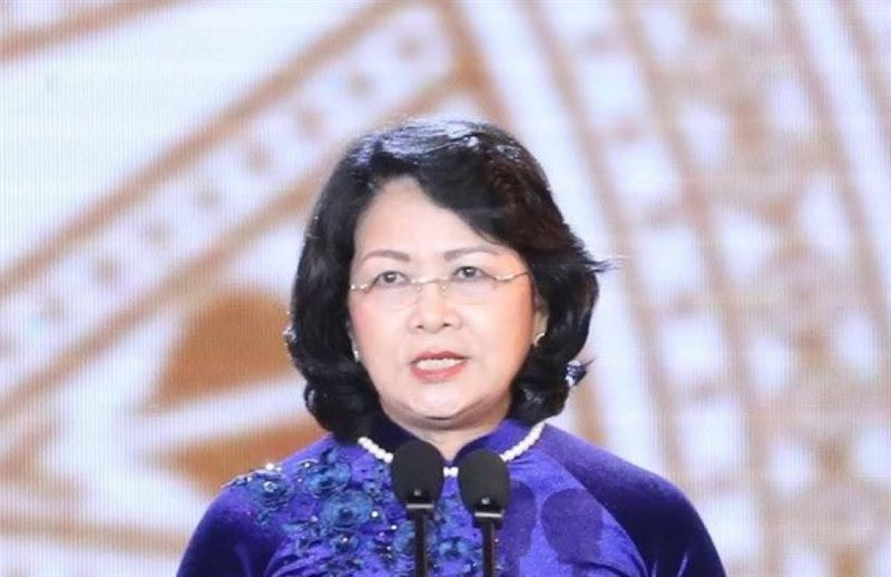 Вице-президент Вьетнама возглавила страну после смерти Чан Дай Куанга