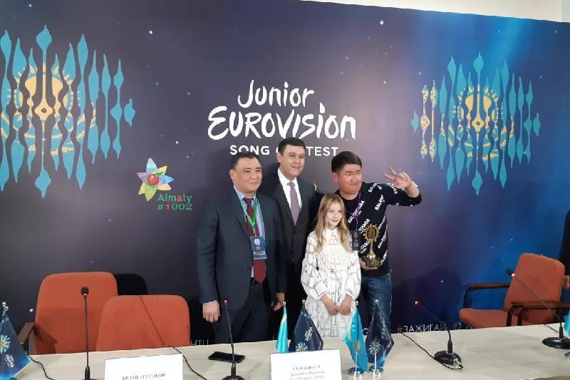 ФОТО: Данэлия Төлешова «Балалар Евровидениесінде» Қазақстан намысын қорғайтын болды