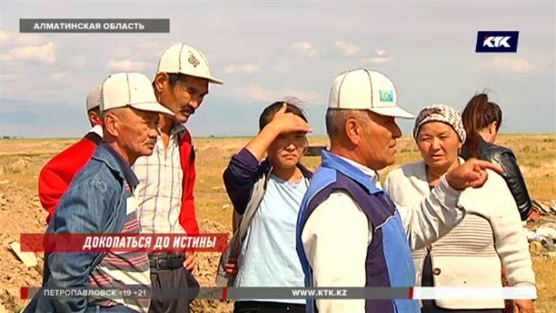 Через скотомогильник проводят водопровод в алматинском поселке