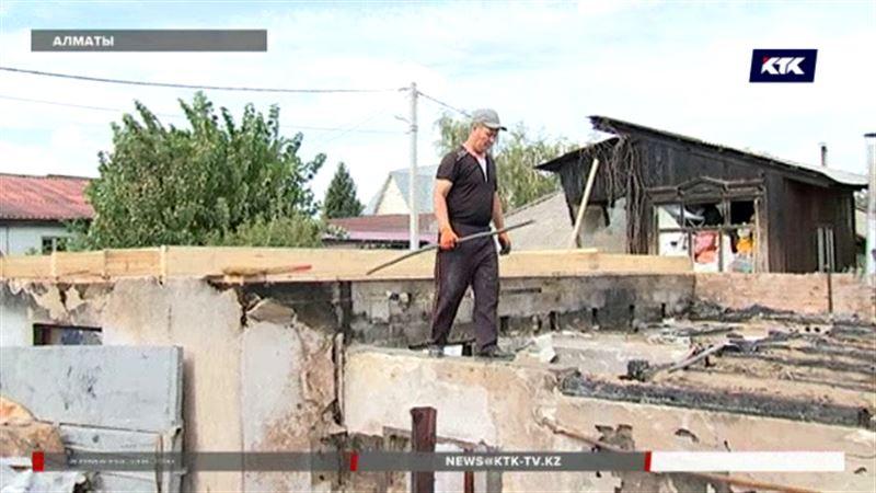 Алматинские погорельцы не знают, где им зимовать