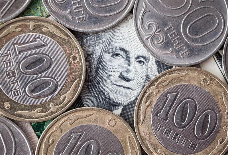 Доллар подорожал до 353,64 тенге
