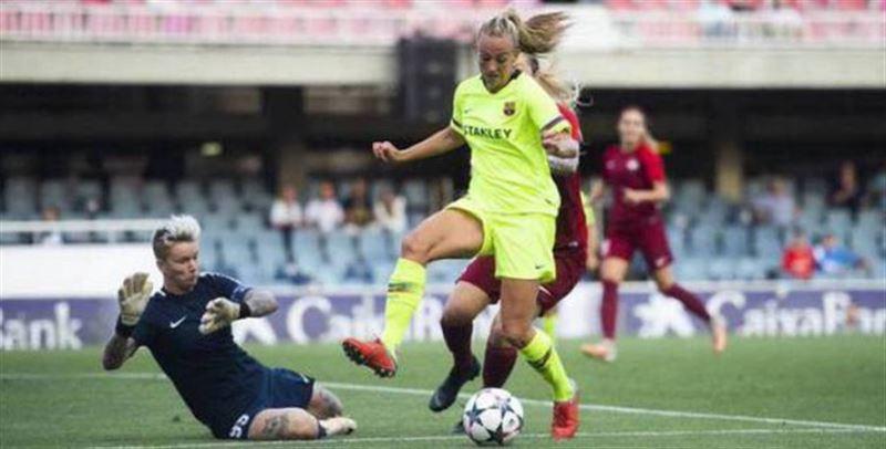 Футболдан қыздар құрамасы Барселонамен кездесті