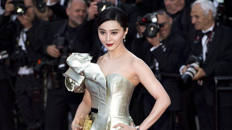 ФОТО: Табысы ең жоғары актриса жоғалып кетті