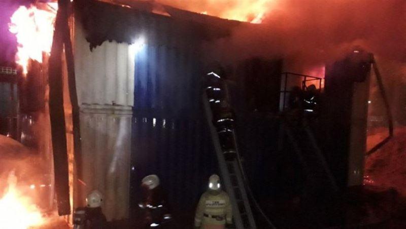 Жертвой пожара в столичном общежитии стал один человек