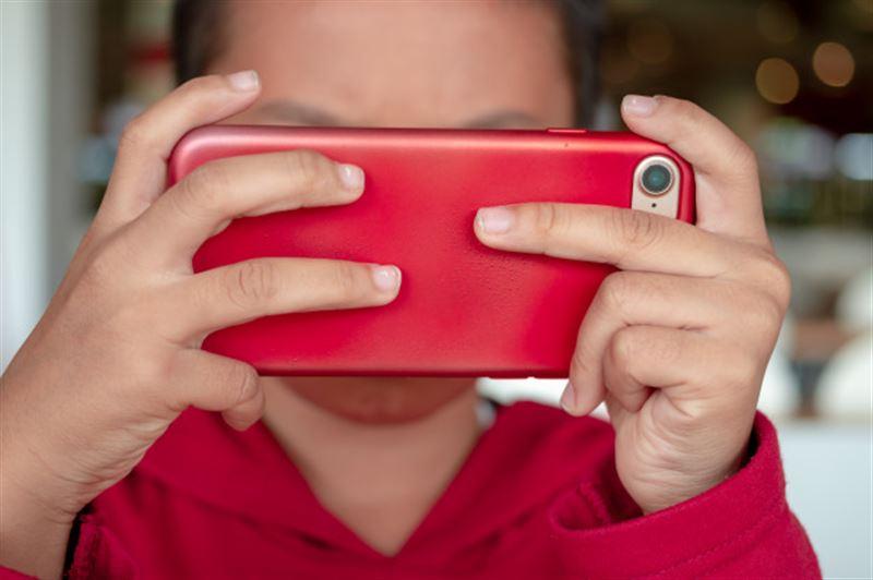 Ғалымдар смартфон мен планшеттің өлімге әкелетін қаупін айтты