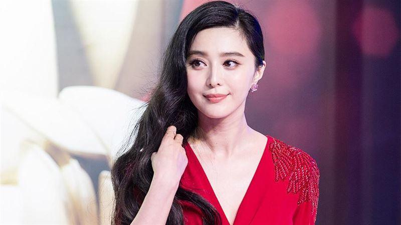 Известная китайская актриса оштрафована на 70 миллионов долларов