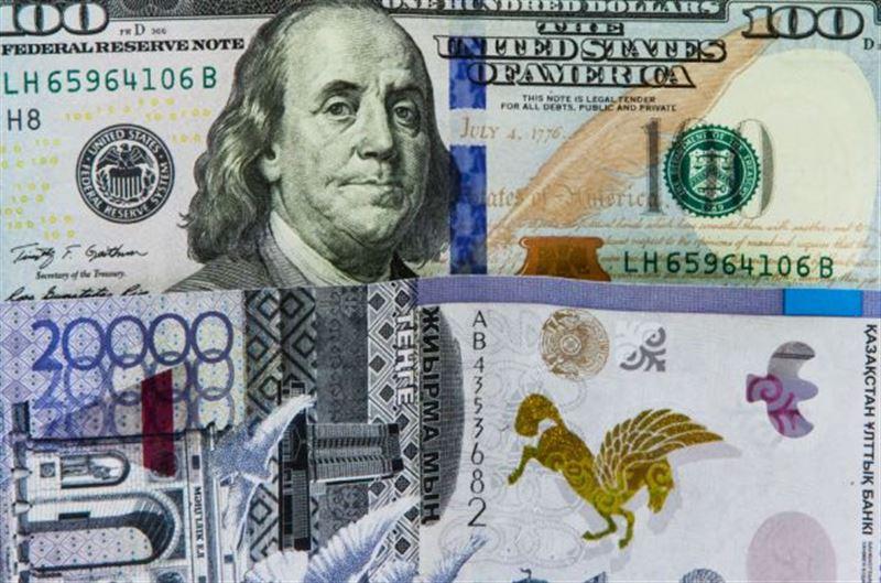 После дневной сессии курс доллара составил 372,13 тенге
