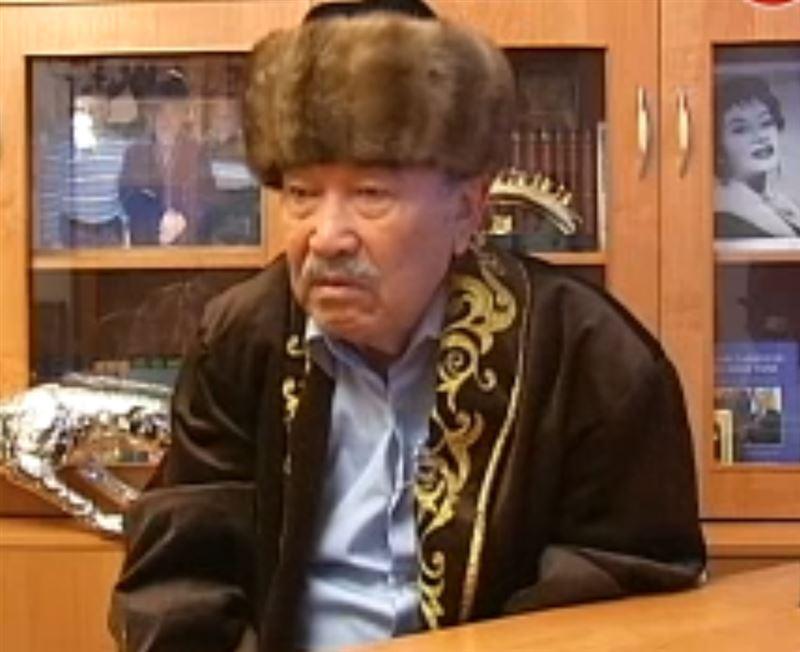 Қазақ прозасы қара жамылды: Шерхан Мұртаза қайтыс болды