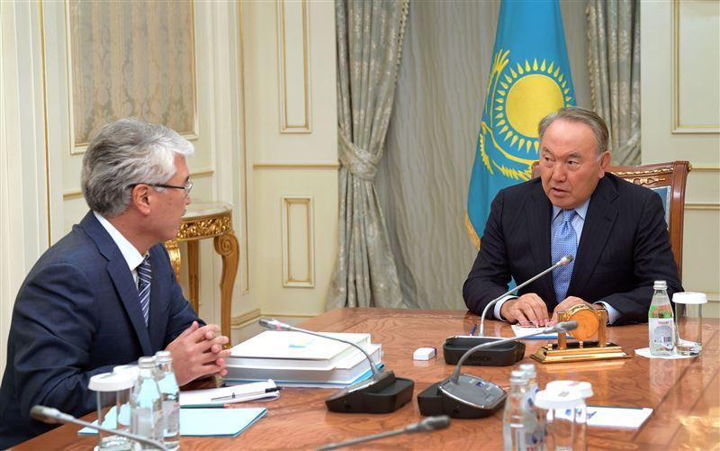 Мухамедиулы рассказал Назарбаеву о развитии туризма и кинематографа в Казахстане