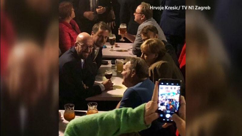 ВИДЕО: Еуропалық көшбасшылардың сыра ішіп отырған видеосы жарияланды