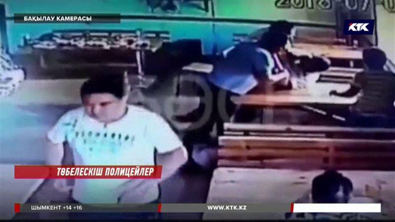 Атырау облысында кафенің иесін ұрып кеткен полицейлер жұмыстан қуылды