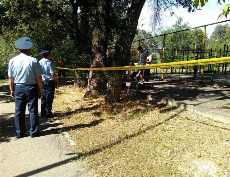 Подозреваемым в смерти Дениса Тена продлен арест