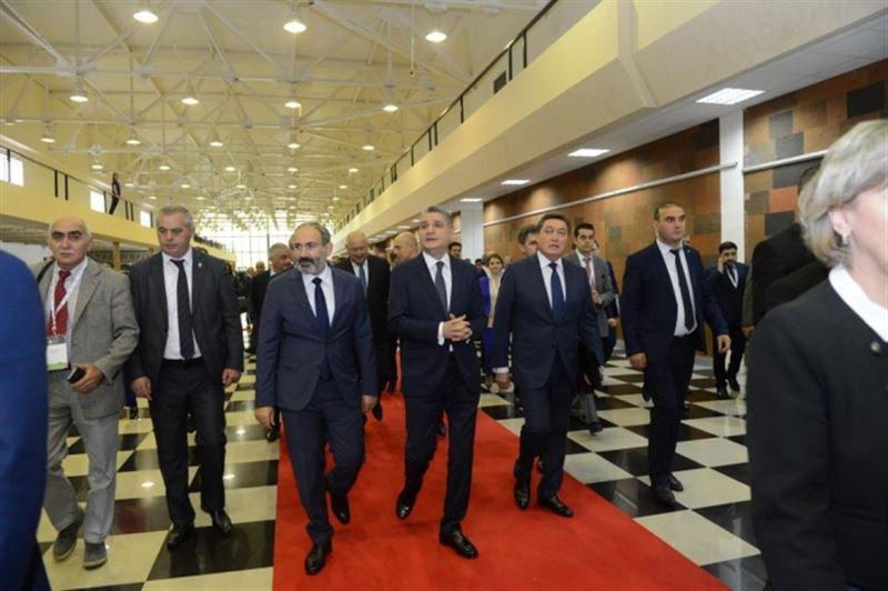 Мамин принял участие в работе форума «Евразийская неделя» в Ереване