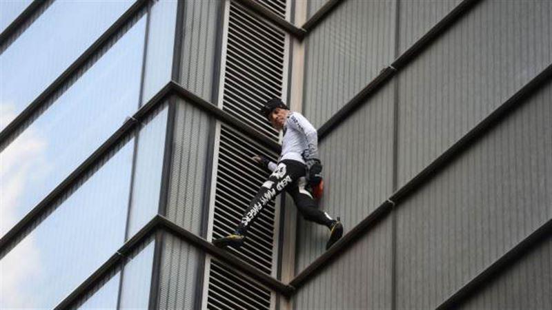 Полиция Лондона задержала «французского Человека-паука»