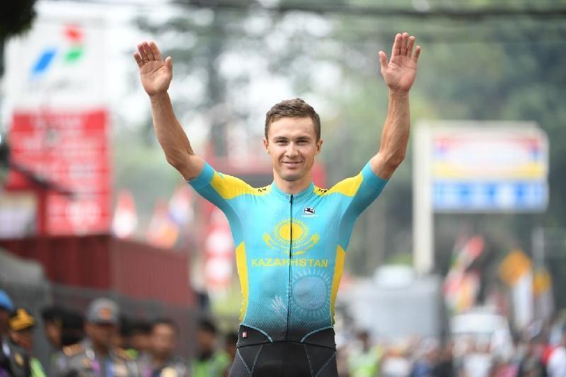 Алексей Луценко Азияның үздік велошабандозы атанды