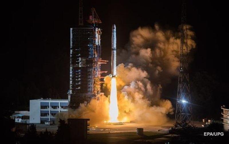 Китай решил создать новую цивилизацию и отправил в космос банк генов 7 граждан КНР