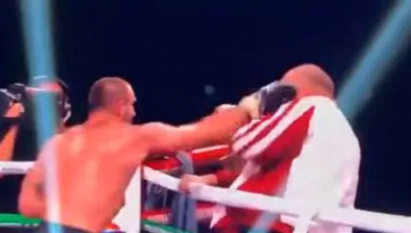 Грузинский боксер напал на своего тренера после поражения