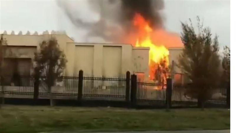 В Алматы на территории «Казахфильма» вспыхнул пожар