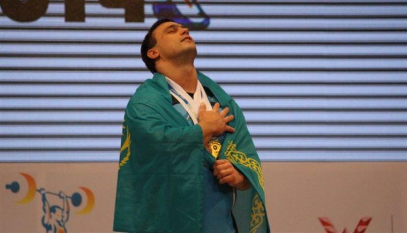 Ильин попал в финальную заявку сборной Казахстана на участие в чемпионате мира-2018