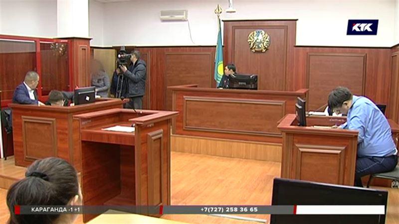 Мать, продававшая своего ребенка, на скамье подсудимых