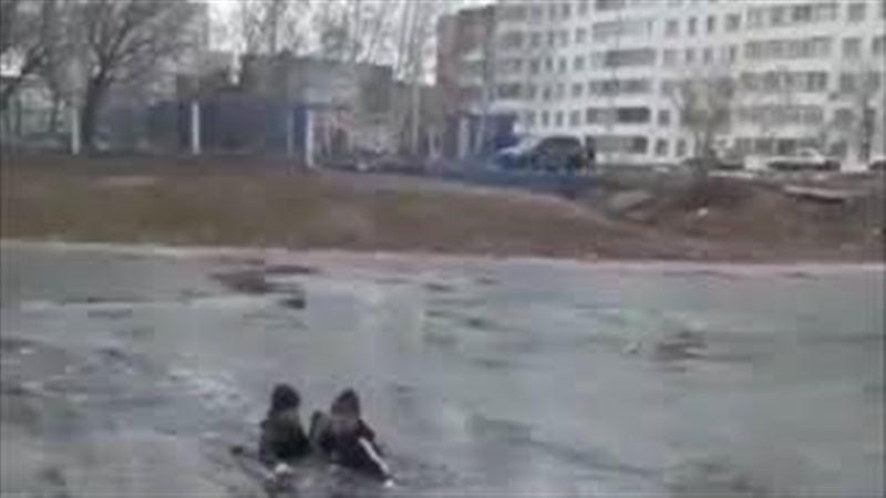 Көкшетауда суға батып бара жатқан бала құтқарылды