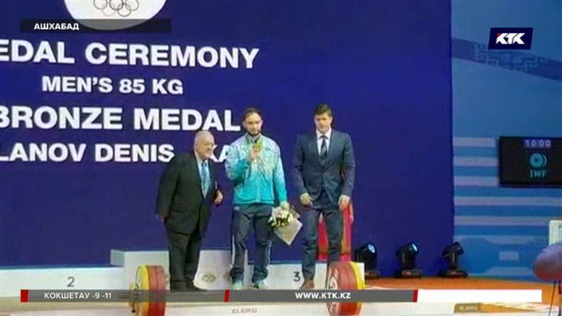 Денису Уланову вручили бронзу Олимпийских игр