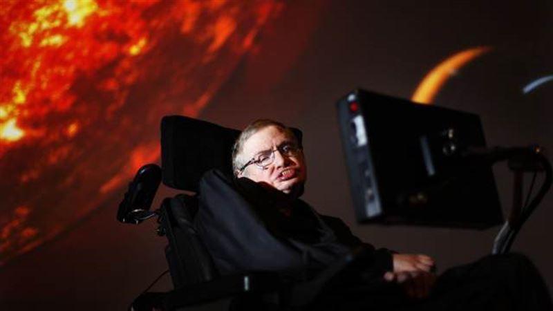 Инвалидное кресло Хокинга ушло с молотка за сумму в 30 раз выше первоначальной