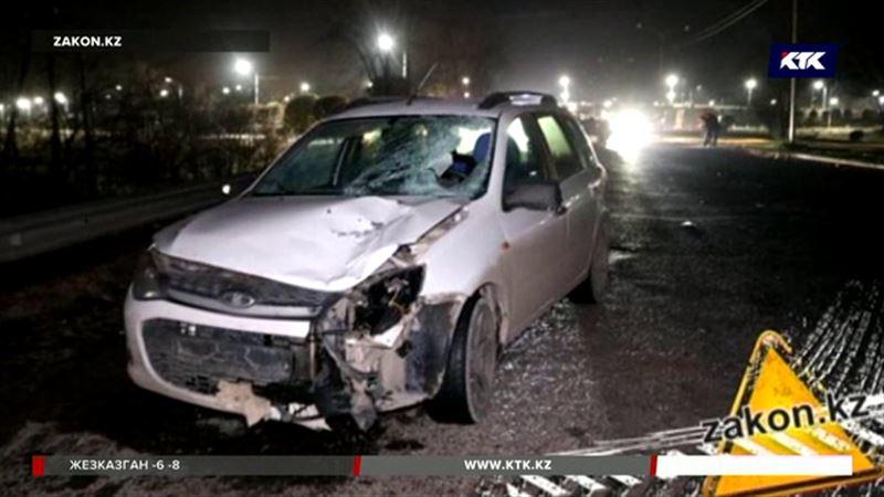 На трассе в Алматинской области погибли пешеходы