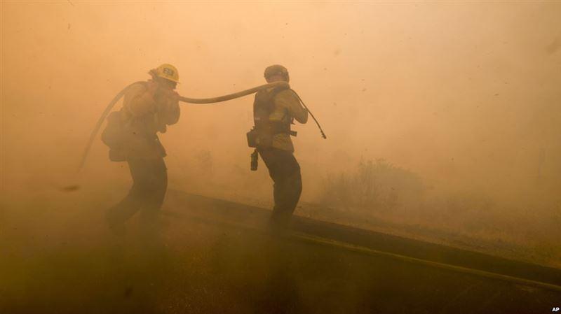 Число жертв пожаров в Калифорнии возросло до 48 человек