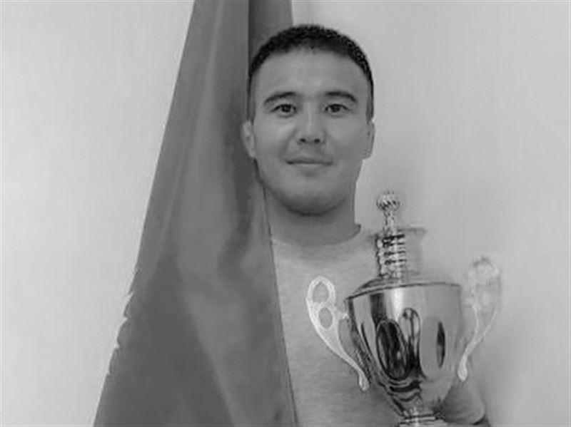 Чемпиона Казахстана по дзюдо убили в Семее в очереди за углем