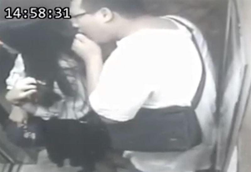 Полиция задержала мужчину, который жевал волосы своих жертв