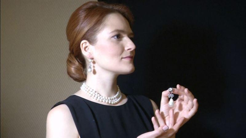 Мария-Антуанеттаның алқасы ы рекордтық сомаға сатылды