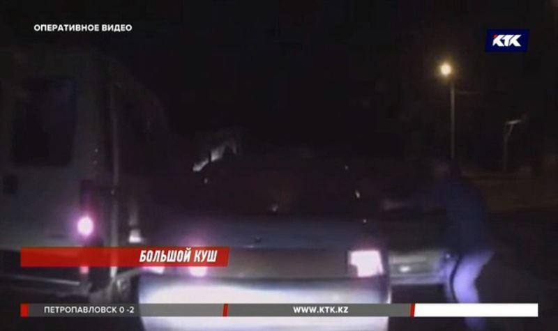 Грабители из Павлодара похитили 8 с половиной миллионов