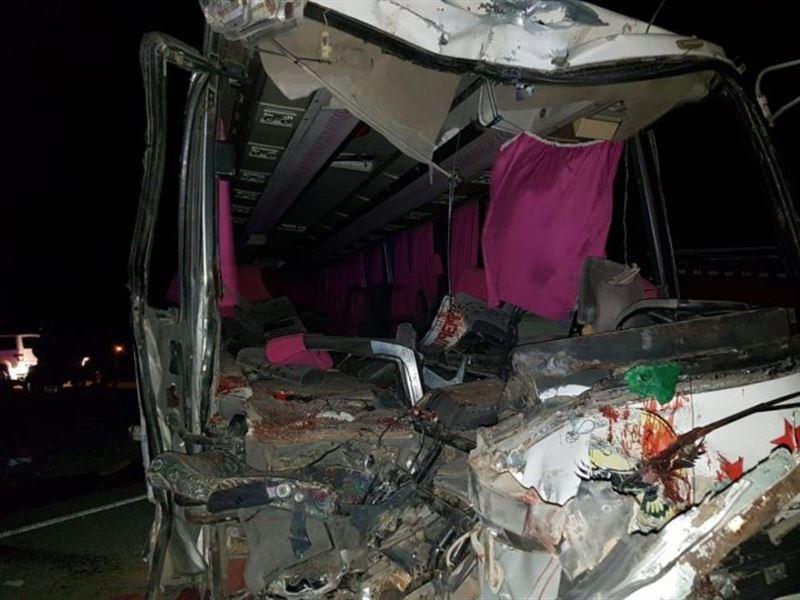 Два автобуса столкнулись в Кызылординской области. Есть жертвы