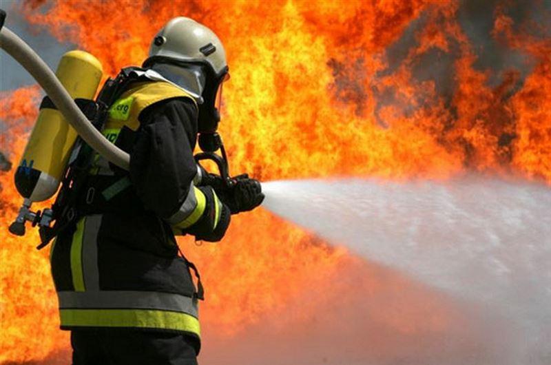 На НПЗ в Москве вспыхнул крупный пожар