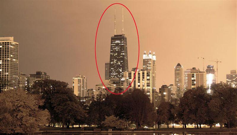 В Чикаго лифт с пассажирами рухнул с 95 этажа небоскреба