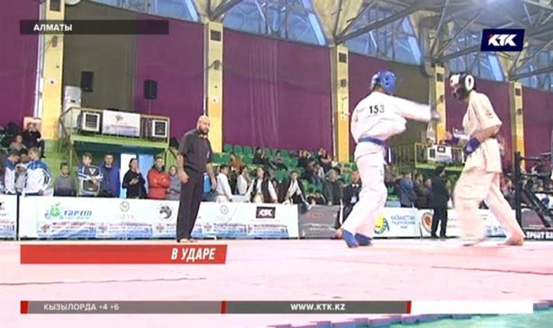 Сорок золотых медалей взяли казахстанские каратисты