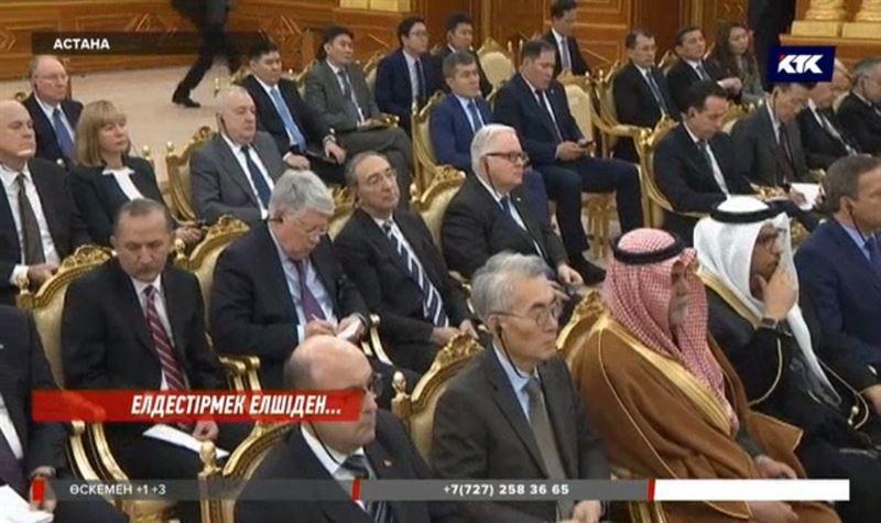 Назарбаев Украинаға қатысты келіссөздіңжалғасқанын қалайды